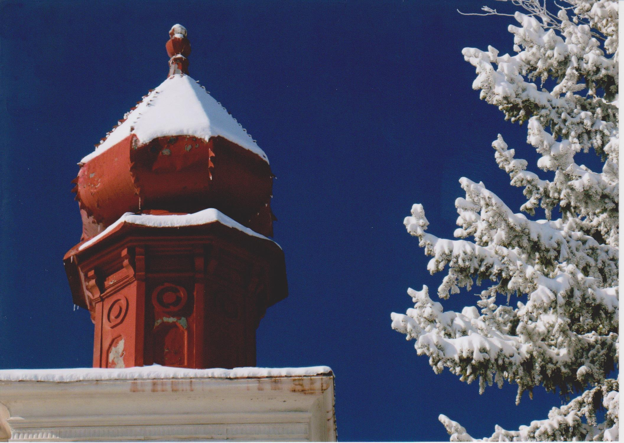 Photo of temple in winter in Trinidad, Colorado